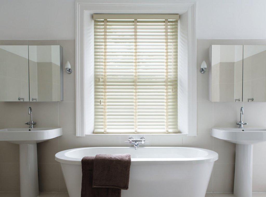 Bathroom Blinds Blinds For The Bathroom Complete Blind Service